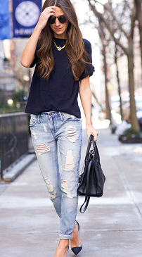 simple-tee-and-boyfriend-jean