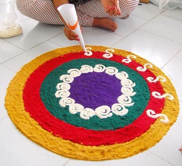 simple-white-lines-colorful-rangoli15