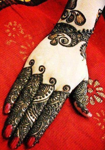Stylish Indian Mehndi Design
