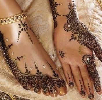 stylish-hand-mehendi-design-by-asha-savla15
