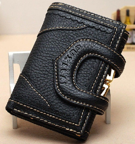 tri-fold-black-leather-wallet