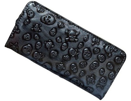 vinatge-wallet-with-skull-embossed