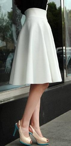 e19d80b306 9 Beautiful Flared Skirt Designs for Women