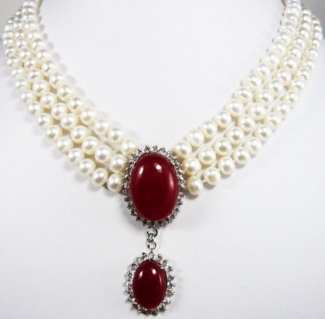 white-seashell-pearls-and-ruby-necklace