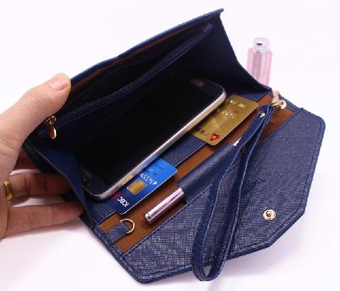 wrist-less-wallet-for-women