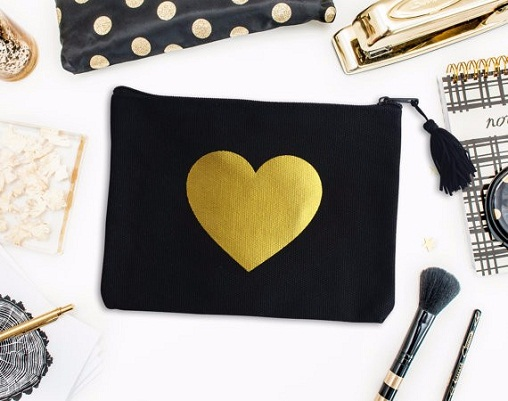 bridal-makeup-bag-with-golden-heart