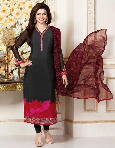 Black Salwar Suit in Crepe9