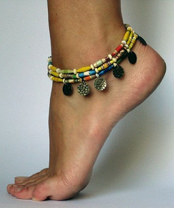 Colourful Paper Quilled leg Wearing