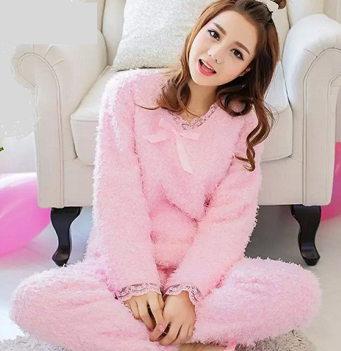 Fluffy warm pink night suit
