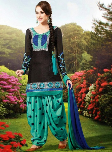 20 Best Models Of Pakistani Salwar Kameez Designs For
