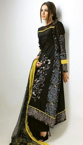 Stylish Black Long Salwar Kameez Design