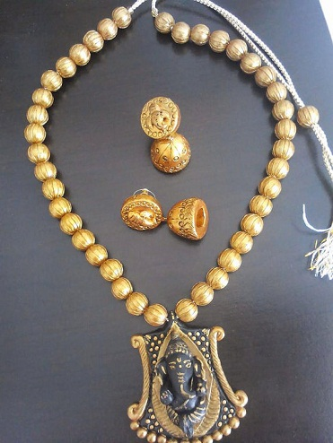 Terracotta Ganesha Necklace Set with Jhumka -1