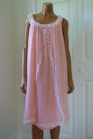 Trend Revival Retro Pink Nighty