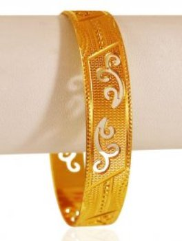 Attractive cutted Pattern Thin Gold Bangle