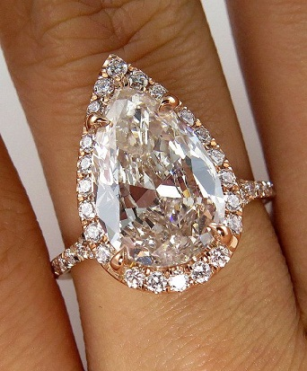 Big Pear Shape Diamond Ring