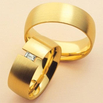 Broad Ring Band Couples Rings in Gold
