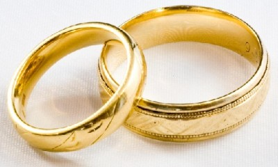 Designed Plain Gold Engagement Ring