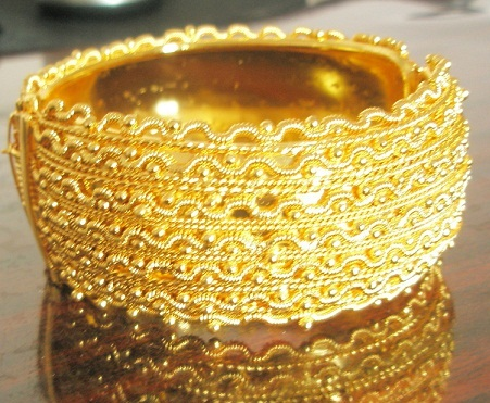 Designer Single Gold Plated Bangle 4