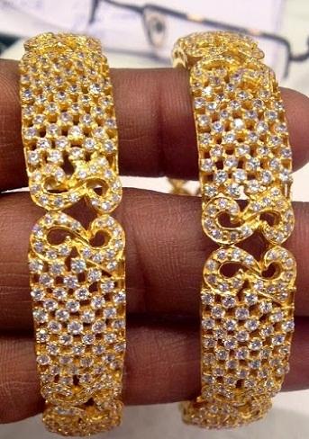 Diamond Studded 20 gram Gold Bangle