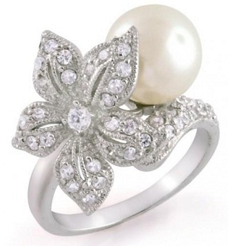 Flower Shape Silver Pearl Wedding Ring