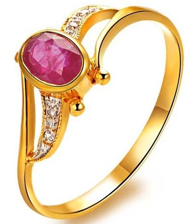 Gold Diamond Rings with Rubies