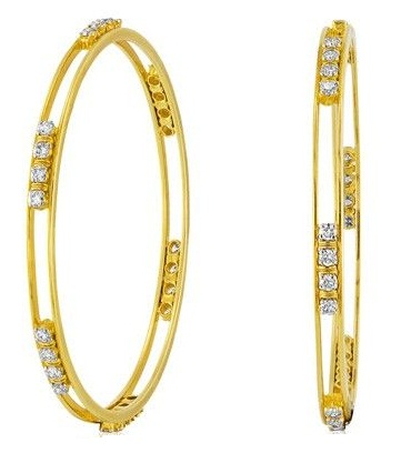 Grooved Gold Bangle with Solitaire Diamonds