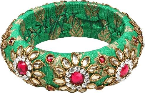 Handmade Green Bangles with Fabric and Kundan