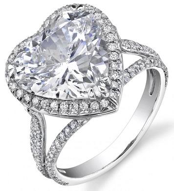 Heart shaped Diamond Ring with Pave Diamonds