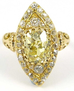 Leaf Designed Yellow Diamond Ring