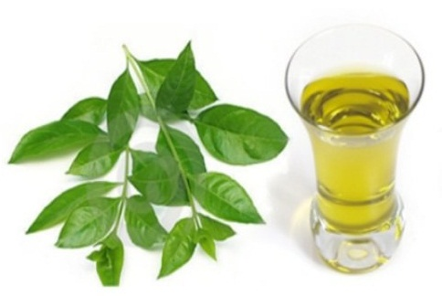 Mustard Oil with Henna Leaves for Grey Hair Issues