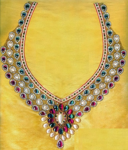 Necklace Design Neck Maggam Work on Blouse-2