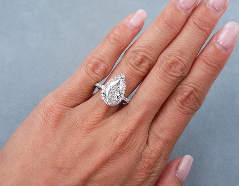Pear Cut 2- carat Diamond Ring