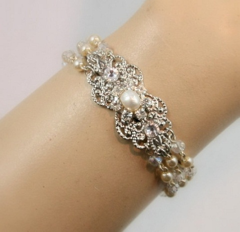Pearl Bridal Bangles