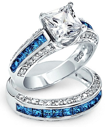 Princess Cut Three Sided Diamond Bridal Set