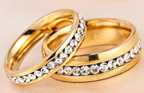 Row Diamond Gold Engagement Ring