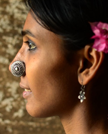 Silver Big Nose Ring in Flower Pattern