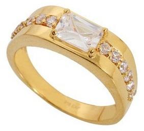 Single Diamond Ring for Men in Gold