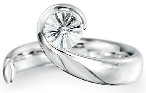 Single Stone Wave Contemporary Ring
