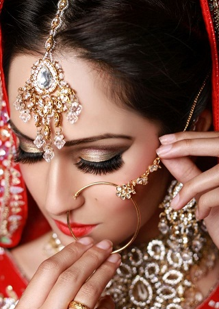 Traditional Bridal Big Nose Ring