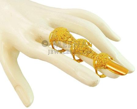 9 Fabulous Designer Finger Ring Designs in Gold