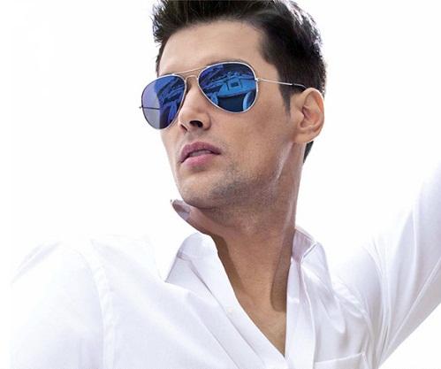 Blue Colored Men's Sunglasses
