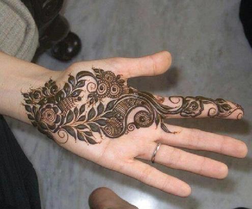 Contemporary Arabic Mehndi Style