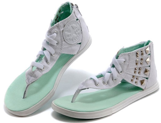 Converse Chuck Taylor comfort shoes design for women