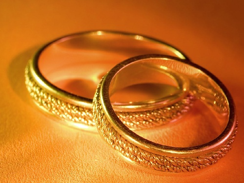 Couple Golden Rings