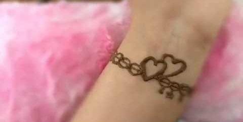Cute Heart Shape Bracelet Design