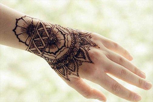 Designer Bracelet Mehndi Design