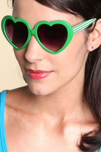 Designer Catchy Green Sunglasses