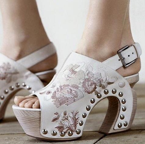 Designer White Shoes for Women's