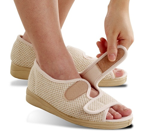 10 Best Comfortable Diabetic Shoes Styles At Life
