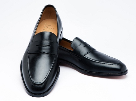 Loafers Men and Women Shoes